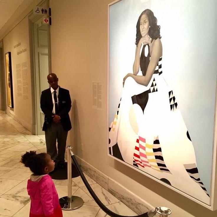 Little girl awestruck by Michelle Obama's portrait believes she's 'a queen' - CNNPolitics