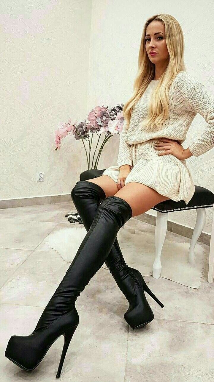 Pin On Women In Boots 4
