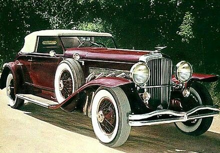 1931 Duesenburg ... love the red.