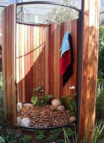 Blog da Mara Porto » Arquivos » Quem não tem piscina, vai no chuveirão