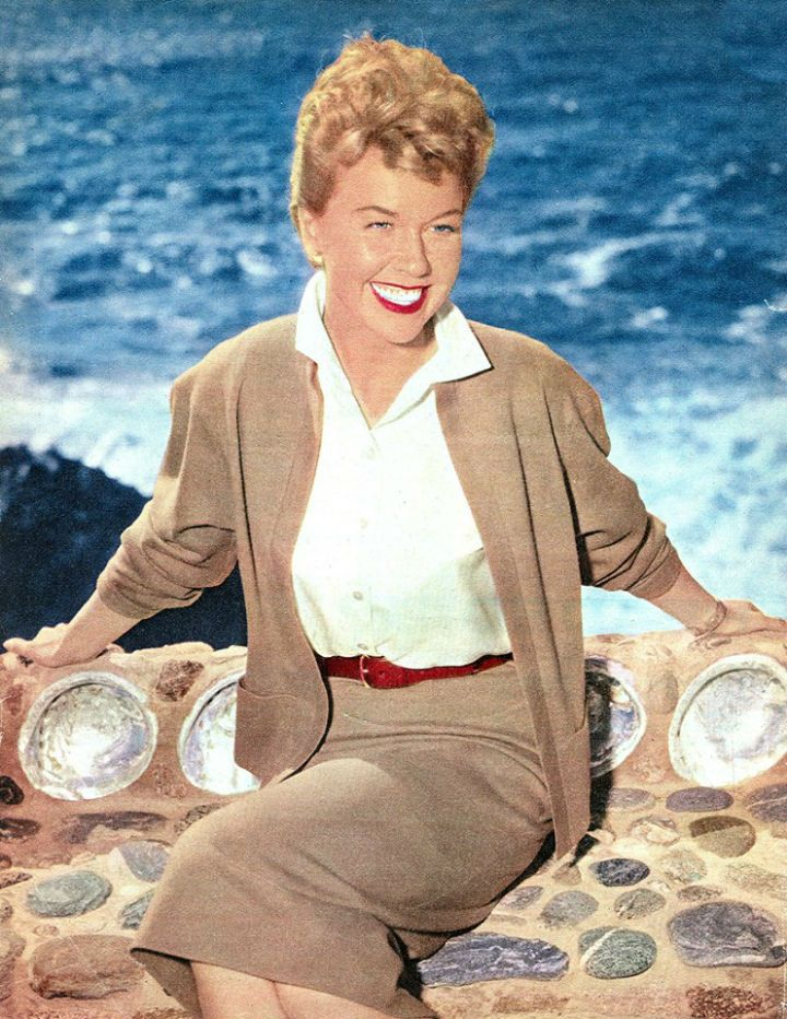 """Doris Day on the set of """"Julie"""" I adore this outfit. The colours, the fit of that sweater, blouse, and skirt."""