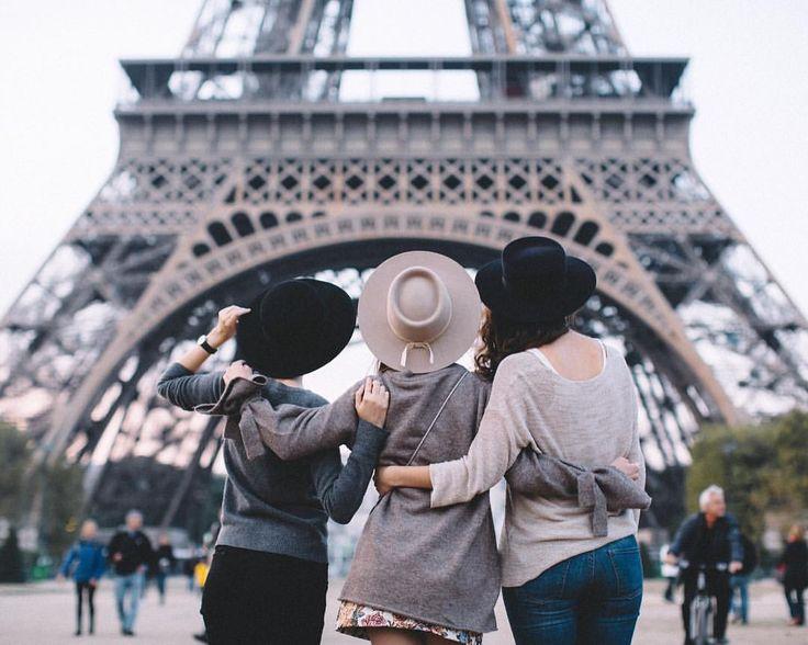 8,885 отметок «Нравится», 75 комментариев — p e l a g e a (@pollunaa) в Instagram: «Целыми днями работаю, а в свободные минутки засматриваюсь на свои фотографии из путешествий и на…»