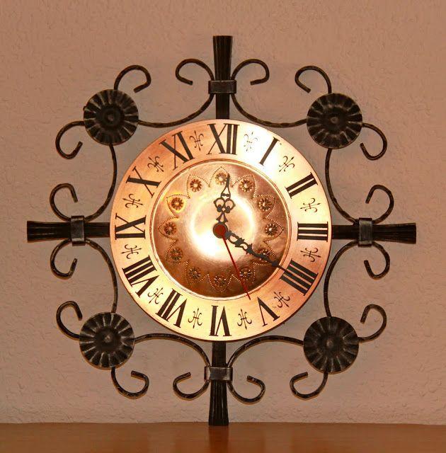 El Merkadillo Vintage: Reloj de Pared Vintage de Hierro Forjado (Ref. 6711)