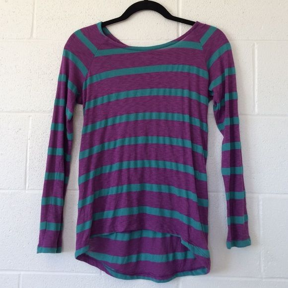 Striped Long Sleeve Slightly sheer, striped long sleeve top by Splendid in size XS. Only worn twice, in perfect condition. Splendid Tops Tees - Long Sleeve