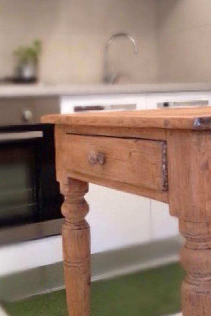 17 migliori idee su tavolo a isola su pinterest bancone for Piccola cucina a concetto aperto