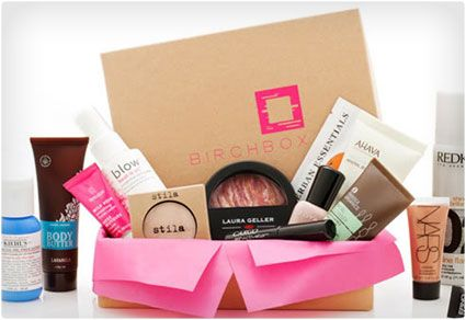 "12 ""Girly Scream"" Worthy Subscription Boxes for Women 