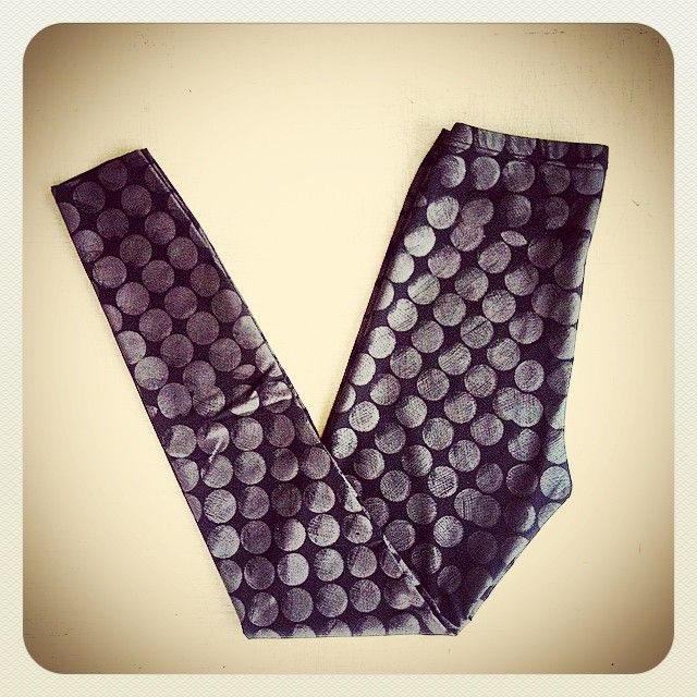 ALEXI FREEMAN Etch Polka Dot Print Leggings are now back in stock at AF #textiledesign #madeinmelbourne #Madetoorder #chainmail #handprintedtextiles #melbournefashion #australianfashion #designerfashion #melbourne #fitzroy #leggings #polkadot #designerleggings