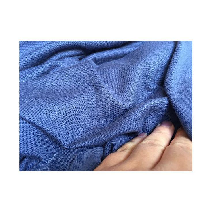 Strik jersey - smukkeste fine kvalitet i blå lilla