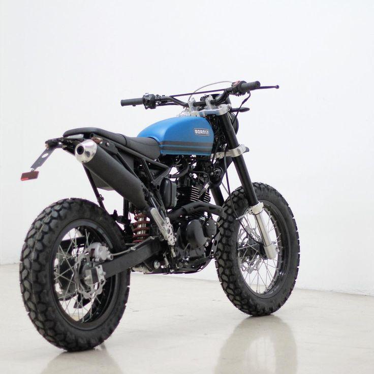 #scrambler #tracker #motorcycle #custom #bike #caferacer #brat #style #urbanenduro #blue #build #BMCO
