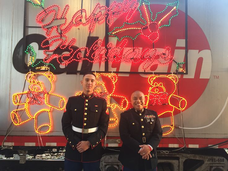 US Marines pose at the #HolidayTrain2016. The #Caltrain Holiday Train brings music and joy to the San Francisco Peninsula and Silicon Valley,collecting toys at each stop for Toys for Tots.