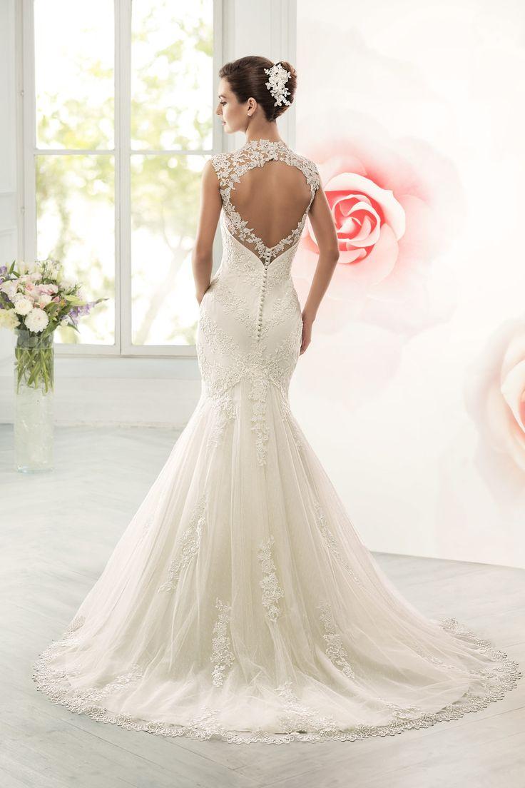 Свадебное платье Навиблю Брайдал (Арт. 14097)— купить в Москве платье из коллекции «Бриллианс 2015»