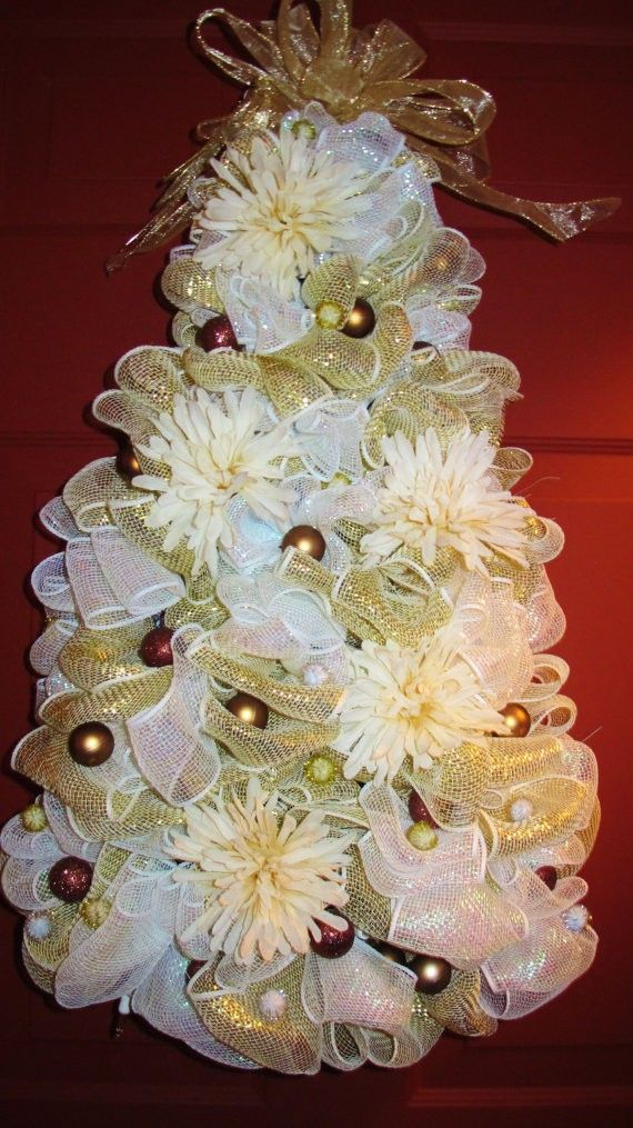 Gorgeous White And Gold Deco Mesh TreeIt Can Sit,  Deco Mesh Christmas Tree, 2015 Deco Mesh Christmas Tree Decoration