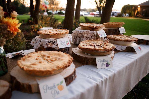 25 Creative Rustic Pie Wedding Dessert Ideas   http://www.deerpearlflowers.com/rustic-pie-wedding-dessert-ideas/