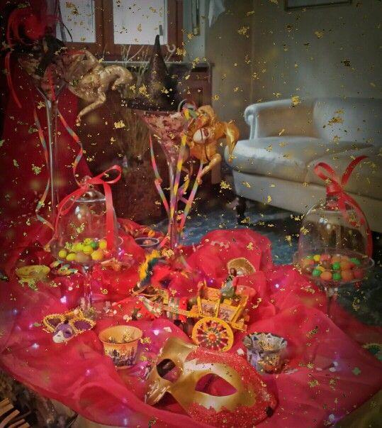 Carnevale#martedigrasso#maschere#coriandoli#stellefilanti#caramelle#carretto