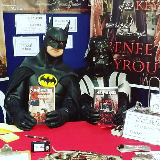 #Supanova2016 #Brisbane #Batman & #Darthvader dropped by my #BookSigning #Seraphympire table to #read & check out my #books, this was so funny, you've gotta love #Cosplayers who just get into #character. Come down to the #Brisbane  Exhibition & Convention centre & see the #Cosplay #costumes & maybe drop by my table & have a chat & perhaps buy a #signed copy of my #novels.