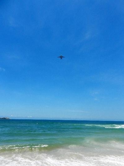 青い空、青い海! / beach in Florianopolis, Brazil