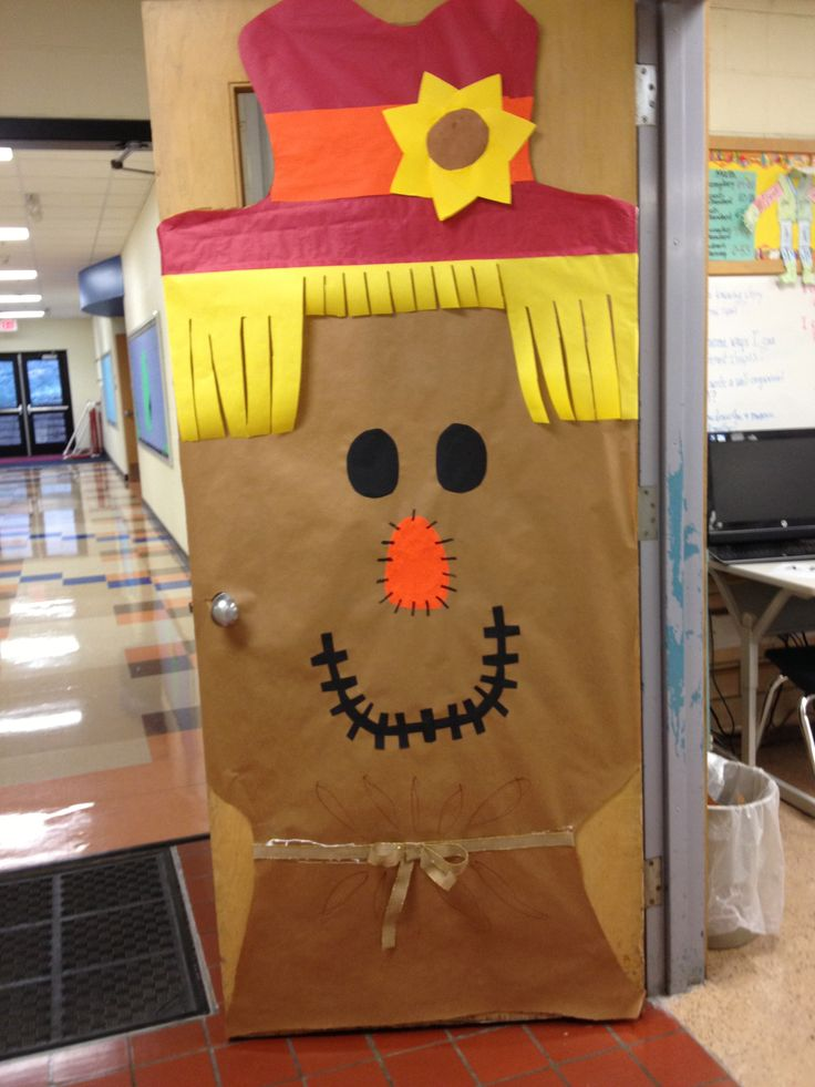 Thanksgiving Classroom Window Decorations : Best kinder classroom door decorating images on