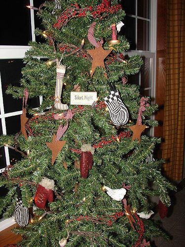 17 best images about country christmas decor on pinterest country fireplace christmas trees. Black Bedroom Furniture Sets. Home Design Ideas