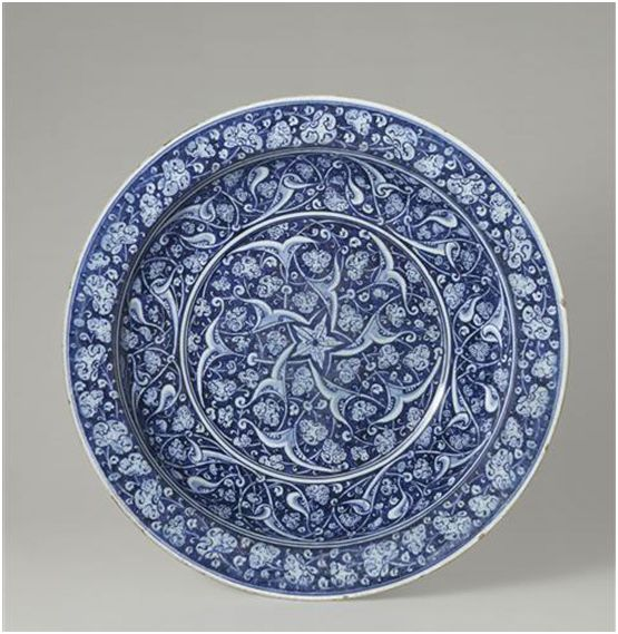 Iznik Pottery. c.1480 - Musee National di Ceramique Sevres
