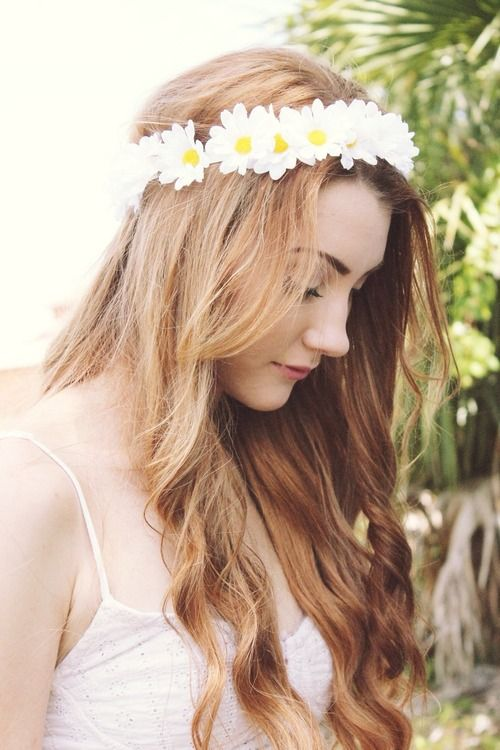 flower head band if any one knows where yo get these comment below please