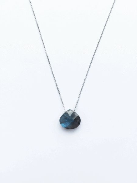 Chalisa Crystal Necklace GreyBlue | Ditte Maigaard Studio