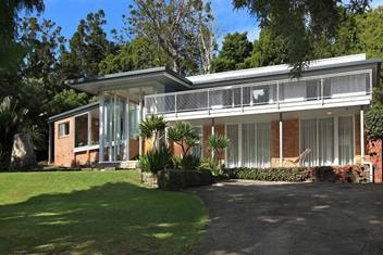 http://www.trademe.co.nz/property/residential/for-sale/auction-469761775.htm