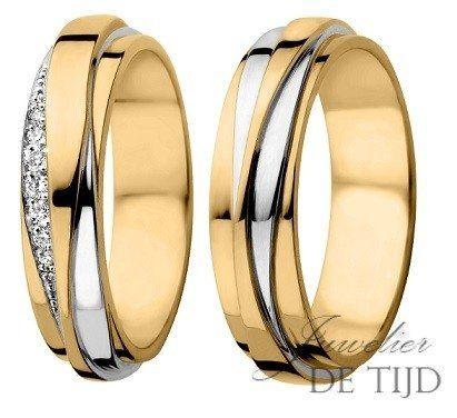 Bi-color geel/wit gouden trouwringen 5mm breed met diamant - Juwelier de Tijd |