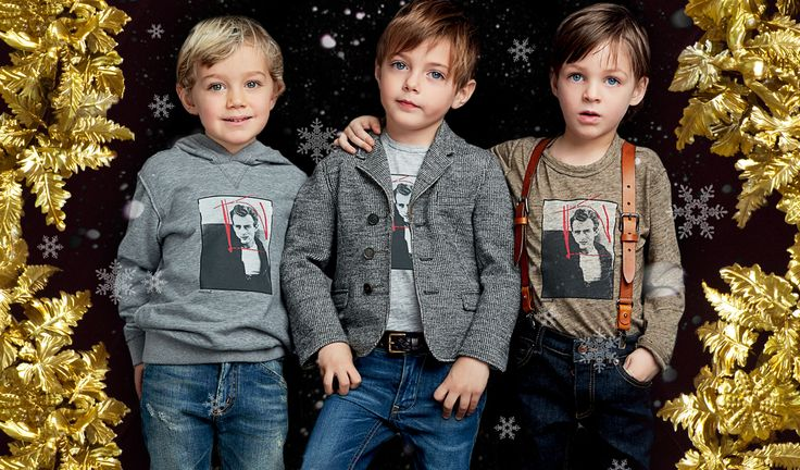 Christmas dresses for boys from Dolce and Gabbana Childrenswear - Dolce&Gabbana Icon T-shirts