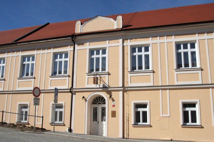 Hotel Pod Zámkem - Boskovice  www.hotelpodzamkem.com Hotel 3*
