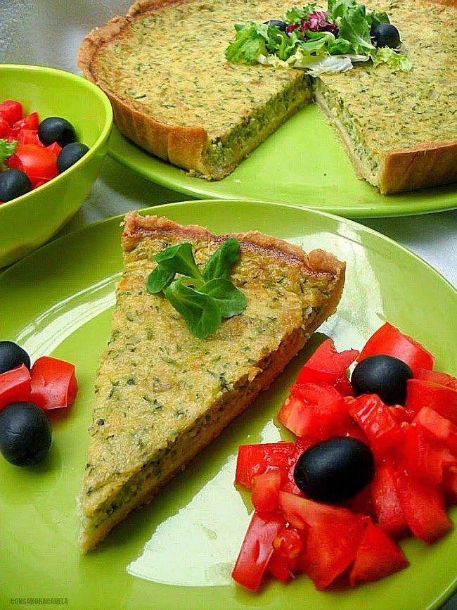 Con sabor a canela: Quiché de calabacín con ensalada de tomate