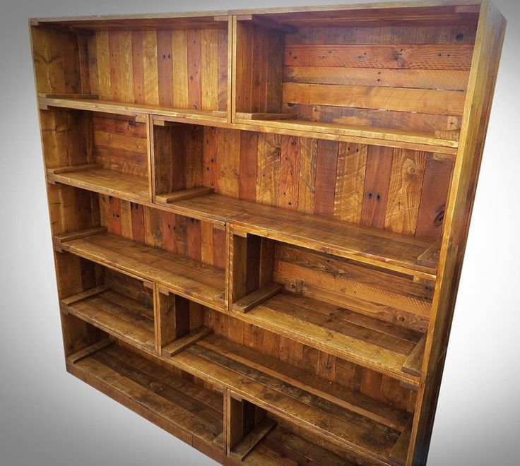Antique Pallet Bookcase Built-in Crate Style | 99 Pallets