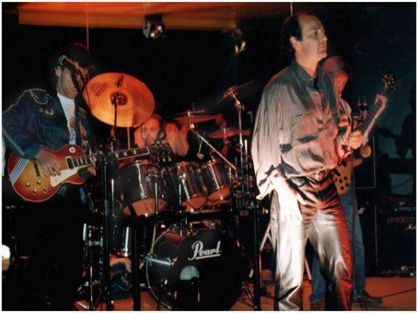 Los Trapos grupo rock. Santiago de Chile. Hernán Antillo (voz), Javier Gálmez (batería) y Eduardo Valenzuela en la guitarra.