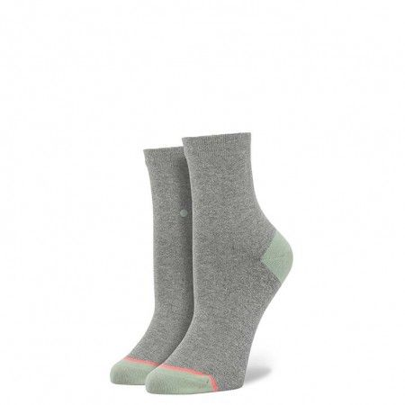 Dirty, ballroom, twerk or swing, however you get down, Stance's Dancey socks have the moves to match. A soft grey underlay and mint toe and heel caps keep feet grooving until the sun goes down, when you'll get a little more shimmer for your shake thanks to an all-over lurex design that catches the light in all the right places. Keep toes tapping in our signature blend of buttery soft combed cotton, deep heel pockets, and seamless construction $12