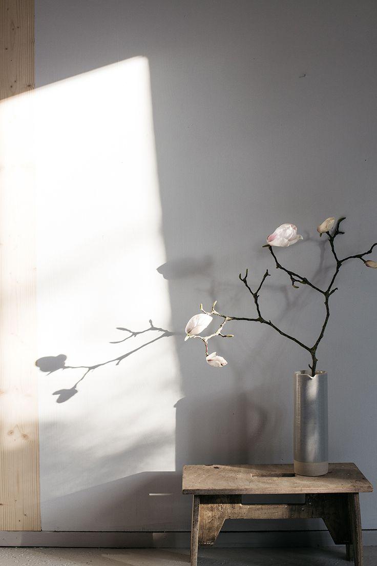 декор интерьера, композиция, ваза, ветки, простой декор