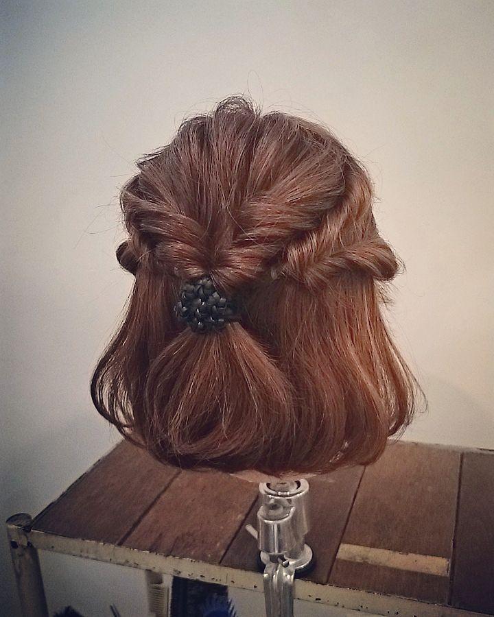 短めヘアだって華やかに♡ショート・ボブさんの「お呼ばれアレンジ」10選 - LOCARI(ロカリ)