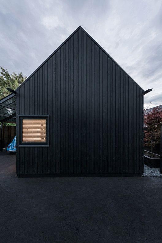 Urban Cottage,© Stephen Goodenough