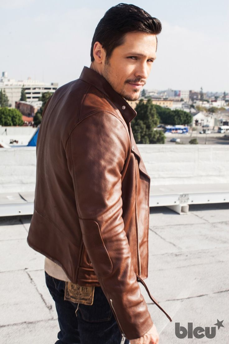 Revenge Star Nick Wechsler Covers Bleu Magazine, Talks Style + Kanye image Nick Wechsler Bleu Magazine Photos 006 800x1200