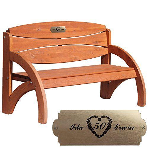 Die Hochzeitsbank zur goldenen Hochzeit kann mit einer persönlichen Gravur versehen werden. Selbstverständlich auch zu anderen Anlässen geeignet. Holz: Fichte