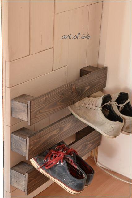 Schuhregal aus Palettenbretter - Shoe rack from pallets
