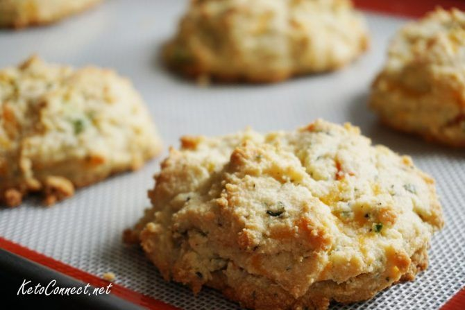Keto Cheddar Jalapeno Biscuits by Keto Connect | Recipes ...