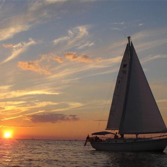 Cloud+9+Living+-+Chesapeake+Bay+Sailing+Cruise
