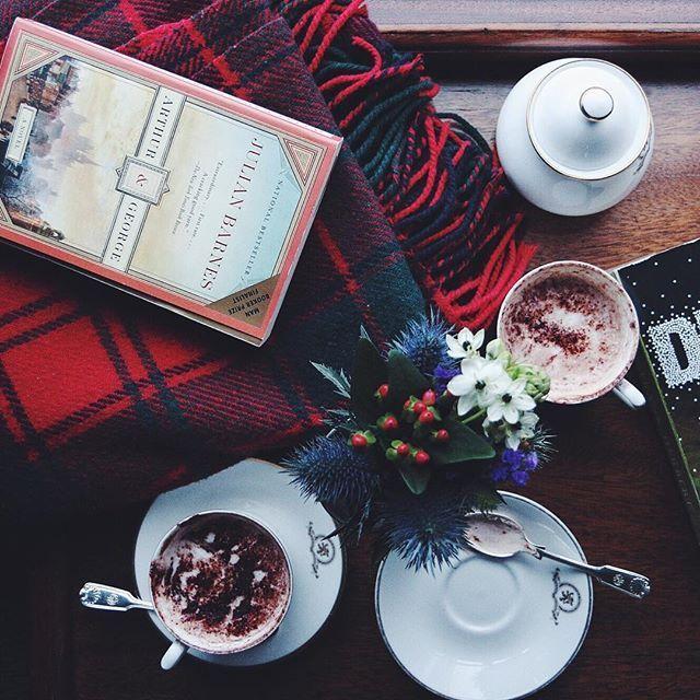Η Jane Austen διαβάζει Vogue