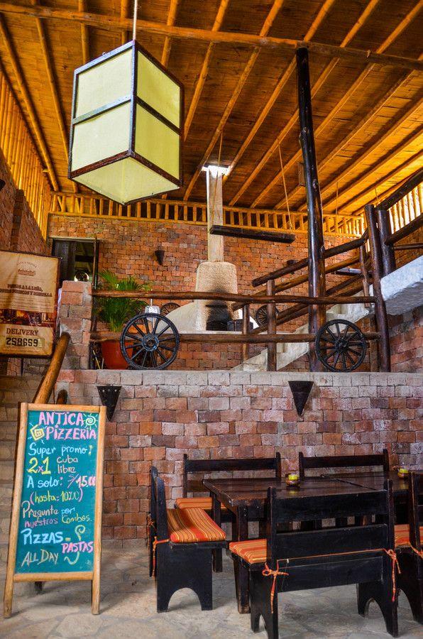 Antica Pizzeria, Mancora, Peru