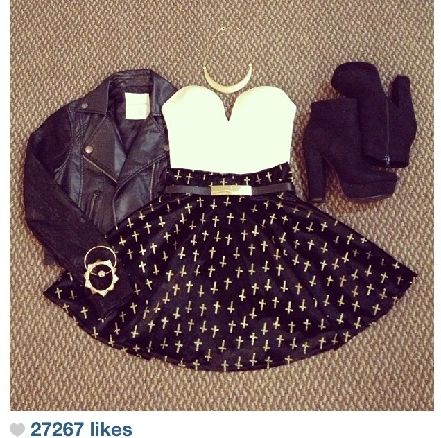 Rocker outfit❤ leather jacket and the shoes