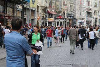 Turecko ...Turkey ....   Türkiye : Istikal  caddesi