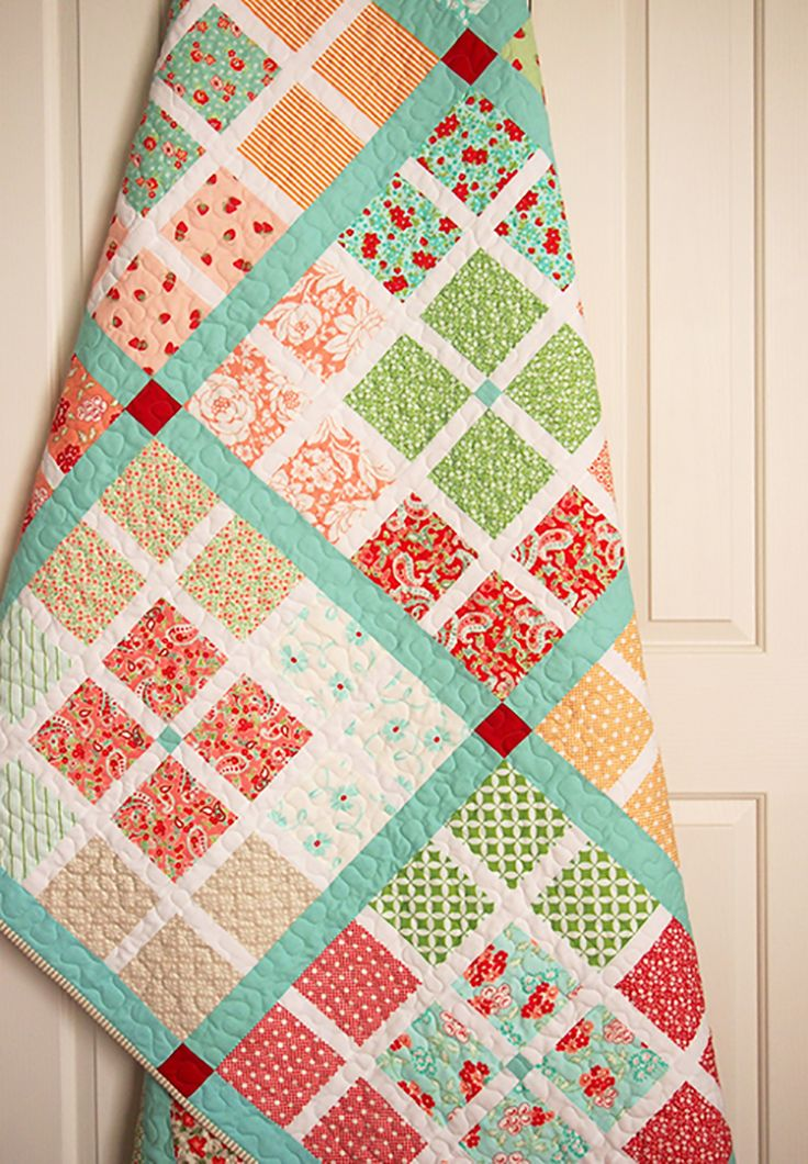At the Crossroads Quilt by Aqua Paisley Studio. PDF pattern available now :)
