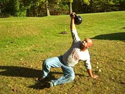 Russian Kettlebell Training: Impressive Turkish Get-Up 32 Kg (70 lb) 10 Repetition