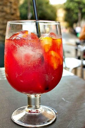 Strawberry Mint Sangria 1/2 cup of Red or White Wine 1/2 cup of Club Soda 2 Strawberries a dash of Agave Nectar or Sugar Any fruit you have around your house for garnish – cherries, oranges, limes, etc.