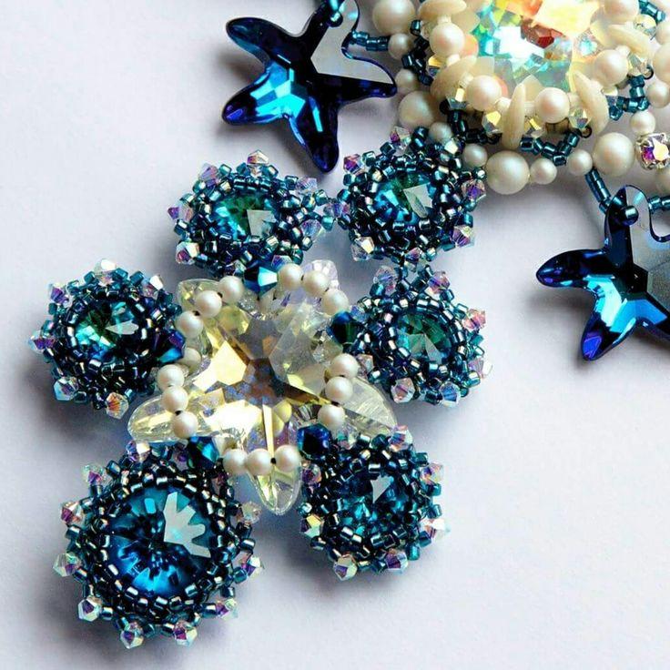 Колье из кристаллов SWAROVSKI