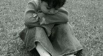 Dios está siempre contigo aunque, en ocasiones, no puedas verlo. Lee:  http://cpm.com.es/dios-esta-contigo-a-pesar-de-todo/